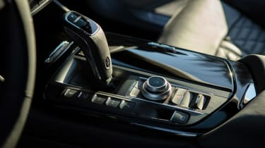 Maserati Levante Hybrid - transmission