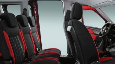 Fiat Doblo 2015 - legroom