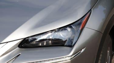 Lexus NX lights