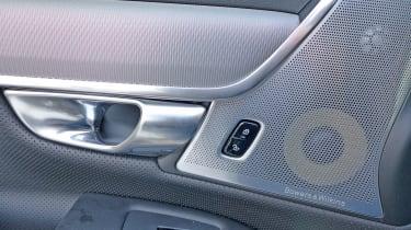 Volvo S90 - door handle