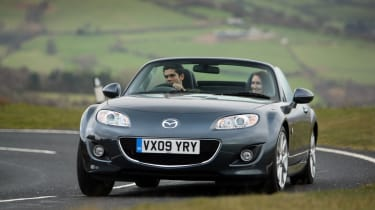A comprehensive facelift for the MX-5 was debuted at the 2008 Paris Motor Show. The car took on the sharper front-end look that was prevailing across Mazda's model range at the time and benefited from a series of mechanical improvement