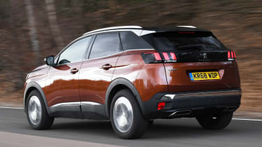 peugeot 3008 tracking rear
