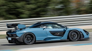 McLaren Senna - side action