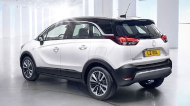 Vauxhall Crossland X - rear