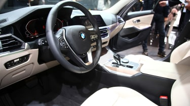 BMW 3 Series - Paris dash
