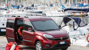 Fiat Doblo  - doors open