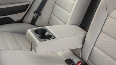 Kia Stinger - rear seats detail