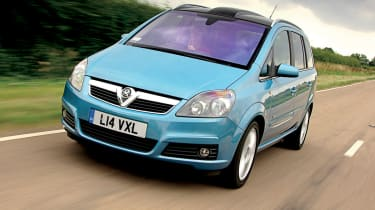 Vauxhall Zafira front tracking