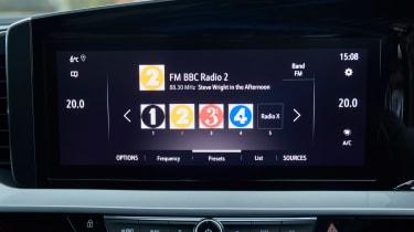 Vauxhall Mokka interior screen