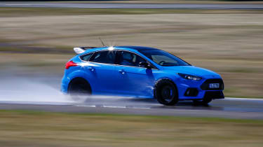 Ford Focus RS Edition - front action