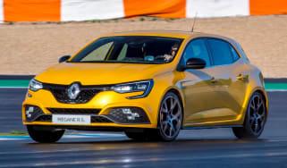 Renault Megane RS 300 Trophy - front tracking