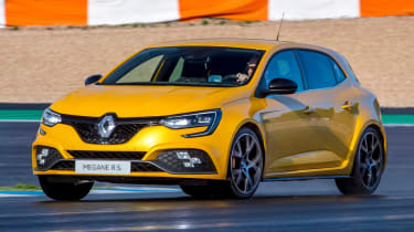 Renault Megane RS 300 Trophy - front tracking