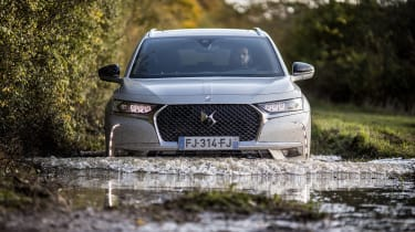 DS 7 Crossback E-Tense - full front water