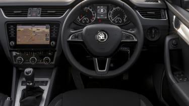 Skoda Octavia Estate 2017 facelift dash