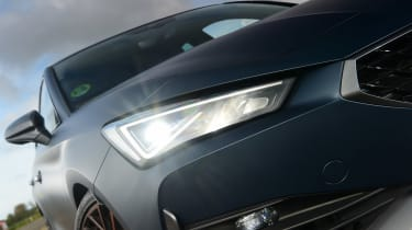 Cupra Leon - front light