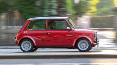 Mini Classic electric - side