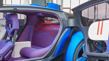 Citroen 19_19 Concept - rear seats