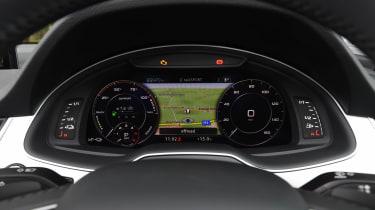 Audi Q7 e-tron - dials