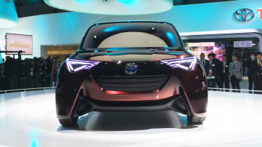 Toyota Fine-Comfort Ride concept - Tokyo full front