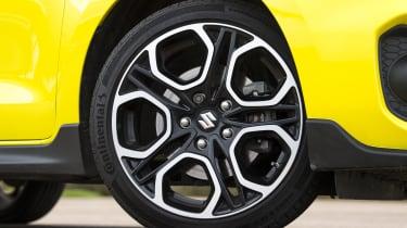 Suzuki Swift Sport - wheel