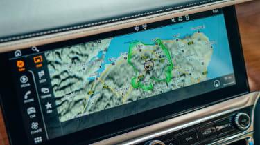 Bentley Flying Spur Hybrid - sat-nav