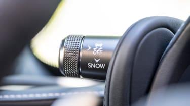 Lexus LC 500 - interior detail
