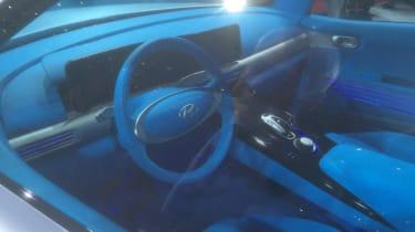 Hyundai FE Fuel Cell Concept show pics interior