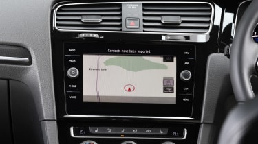 Volkswagen Golf R Performance Pack - sat-nav