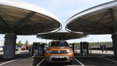 Dacia Duster charging hub