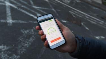Smartphone electric car charging