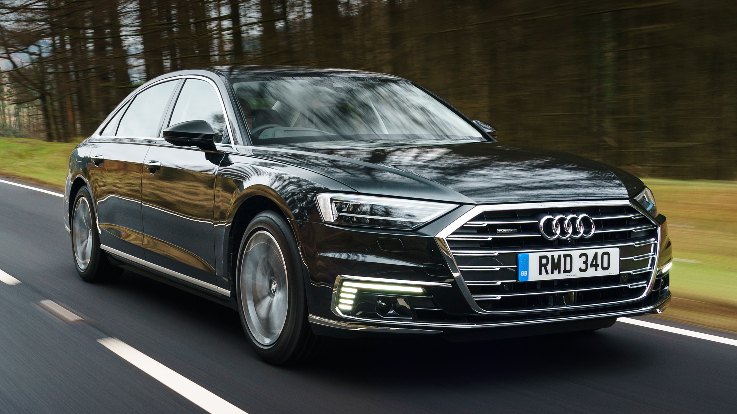 New Audi A8 Tfsi E Plug In Hybrid 2020 Review Auto Express