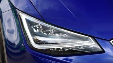 SEAT Ibiza - front light