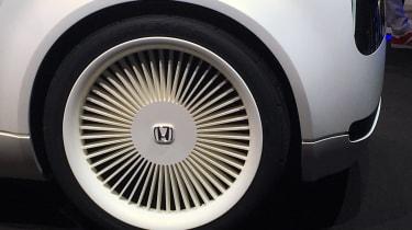 Honda Urban EV concept tyre