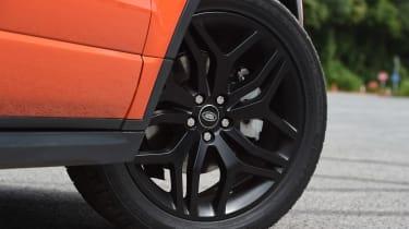Range Rover Evoque Convertible - wheel detail