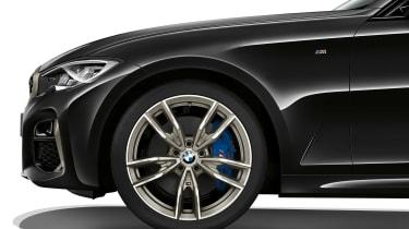 BMW M340i xDrive - wheel