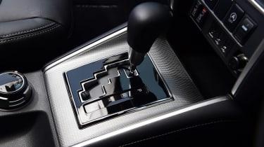 Mitsubishi L200 gearbox