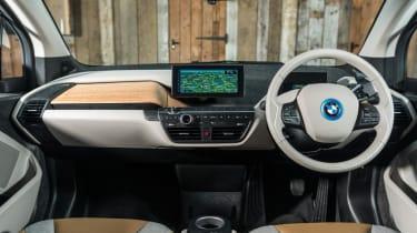 BMW i3 - dash