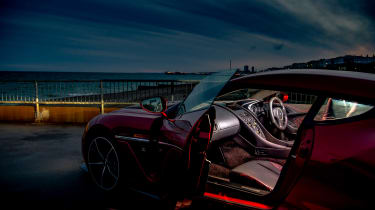 Aston Martin Vanquish Zagato - dash