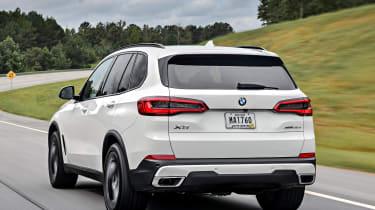 BMW X5 - Rear Motion
