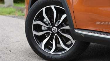 MG GS SUV 2016 - wheel