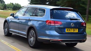 Volkswagen Passat Alltrack - rear quarter