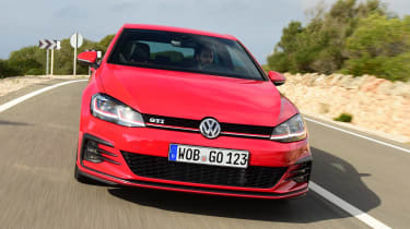 Volkswagen Golf GTI 2017 facelift red - front tracking