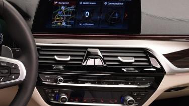 BMW 5 Series - studio infotainment screen