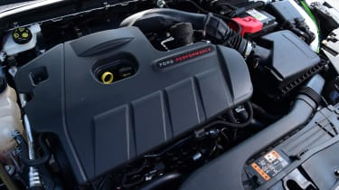 Ford Focus ST Mountune m365 - engine