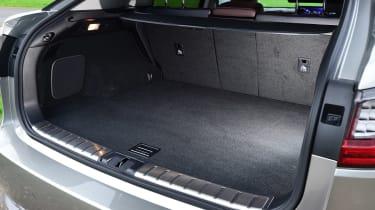 Lexus LS 600h boot