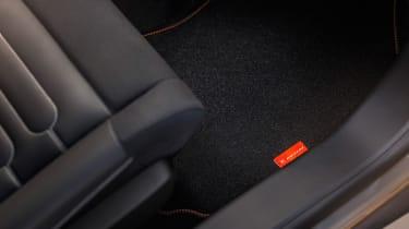 Citroen C4 Cactus Rip Curl Edition - floor mats
