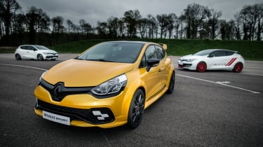 Renault Clio RenaultSport R.S.16 official - trio 1