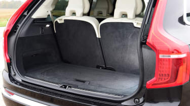 Volvo XC90 - boot seats up