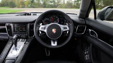 Used Porsche Panamera - dash
