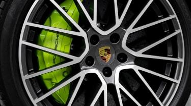 Porsche Cayenne Turbo S E-Hybrid - wheel